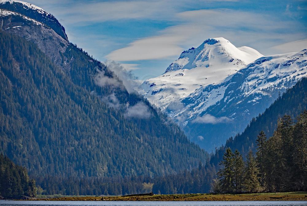 Khutz-Mountain.jpg